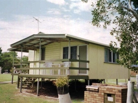 Cosy Cottages Amity Point - Accommodation Newcastle