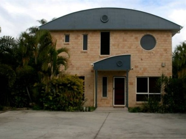 Beach House Redcliffe - Accommodation Newcastle