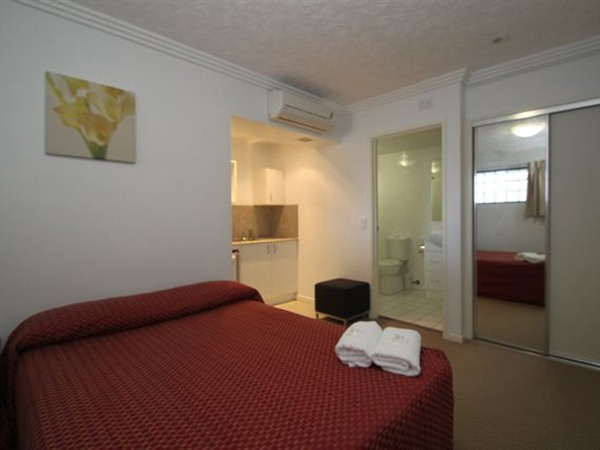 Southern Cross Motel and Serviced Apartments - Accommodation Newcastle