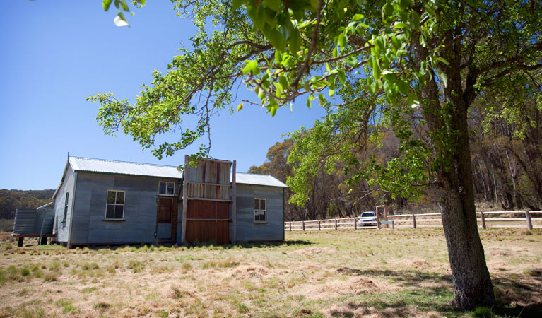 Brackens Cottage - Coolah - Accommodation Newcastle