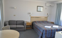 Abel Tasman Motel - Batehaven - Accommodation Newcastle