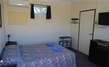 Bluey Motel - Lightning Ridge - Accommodation Newcastle