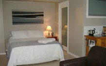 Shutters by the Sea - Accommodation Newcastle