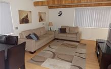 Cedar Pines Cottages - Accommodation Newcastle