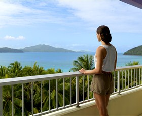 Hamilton Island Reef View Hotel - Accommodation Newcastle