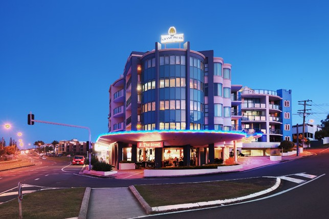 Grand Palais Beachside Resort - Accommodation Newcastle