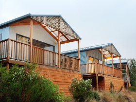 Discovery Holiday Parks Hobart Cosy Cabins - Accommodation Newcastle