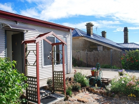 Oatlands Retreat - Accommodation Newcastle