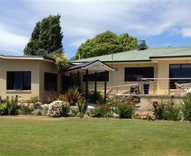 Beachway Motel  Restaurant - Accommodation Newcastle