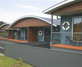 Strahan Bungalows - Accommodation Newcastle