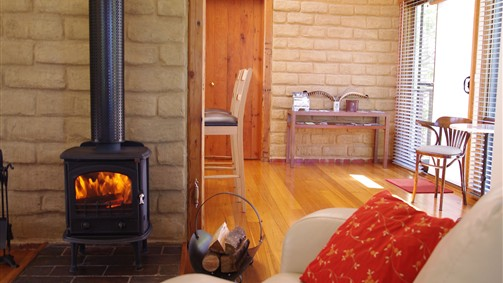 Lyrebird Cottages - Accommodation Newcastle