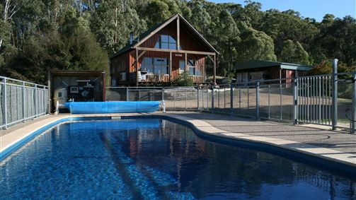 Karoonda Olive Grove Retreat at Mt Buffalo Olives - Accommodation Newcastle