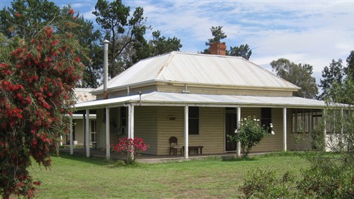 Savernake Farmstay - Accommodation Newcastle
