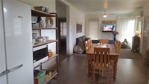 Lakeside Vista Holiday House - Accommodation Newcastle