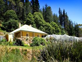 Bishops Adelaide Hills - Willow Cottage - Accommodation Newcastle