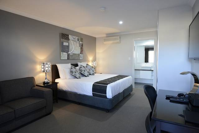 Aastro Dish Motor Inn - Accommodation Newcastle