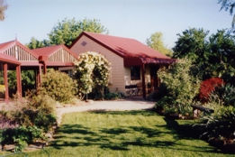 Alpine Country Cottages - Accommodation Newcastle