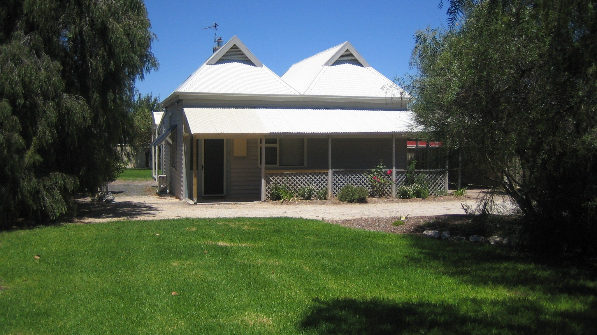 Naracoorte  Showgrounds Cottage - Accommodation Newcastle