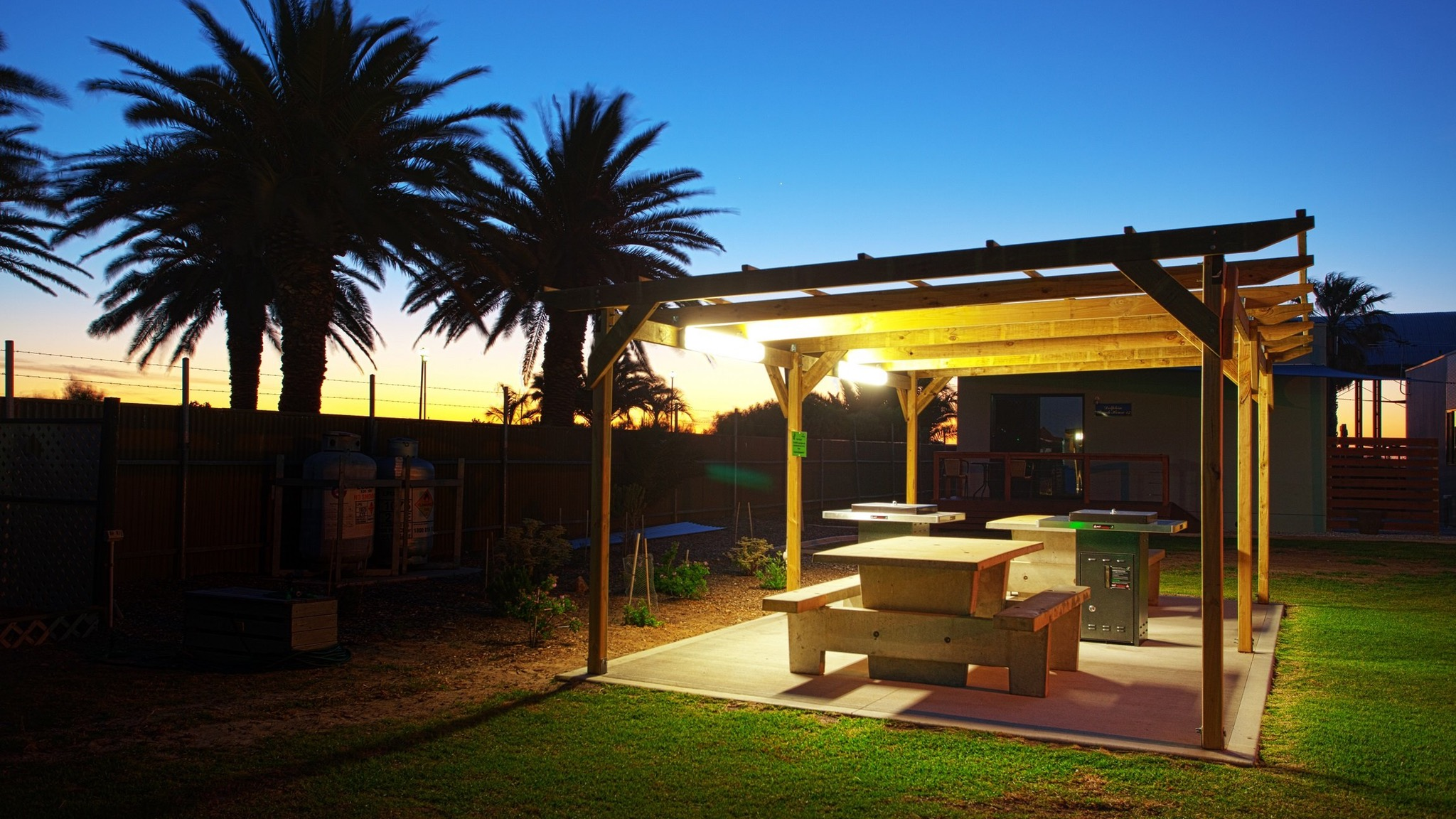 Discovery Parks - Adelaide Beachfront - Accommodation Newcastle