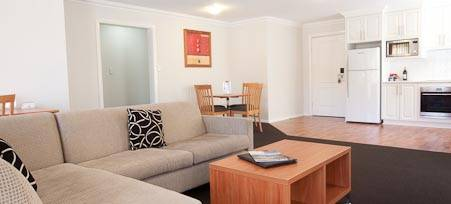Best Western Charles Sturt Suites  Apartments - Accommodation Newcastle