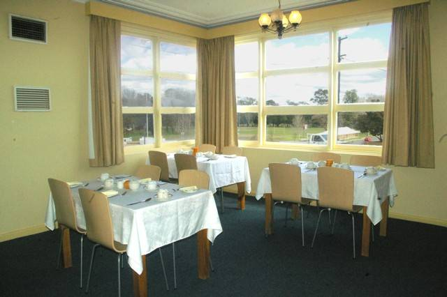 Cowra Motor Inn - Accommodation Newcastle
