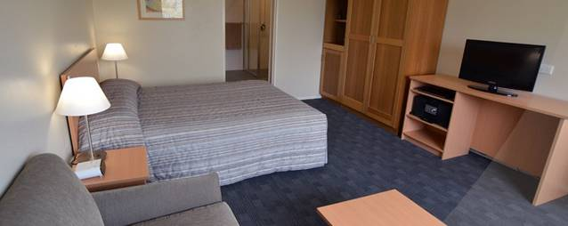 Crown Hotel Motel - Accommodation Newcastle