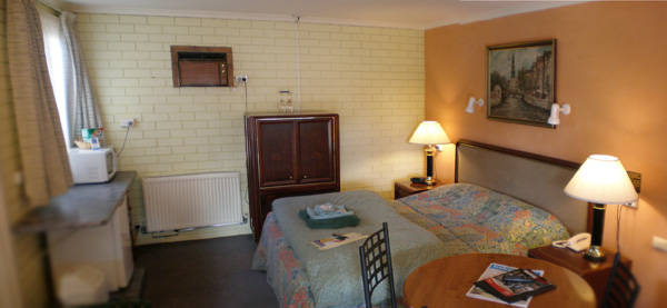 Estelle Kramer Motor Inn - Accommodation Newcastle