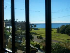 Malua Bay Beach House - Accommodation Newcastle