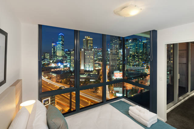 Melbourne Short Stay Apartments - MP Deluxe - Accommodation Newcastle