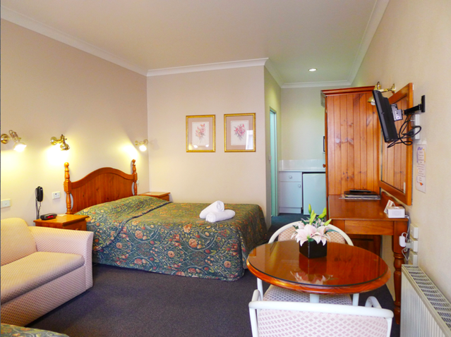 New England Motor Inn - Accommodation Newcastle