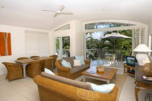 Noosa Outrigger Beach Resort - Accommodation Newcastle