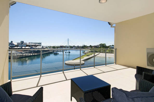 Quality Suites CREST Mandurah - Accommodation Newcastle