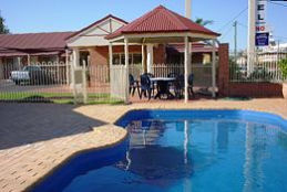 Roma Mid Town Motor Inn - Accommodation Newcastle