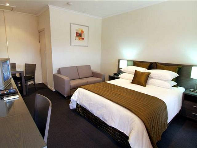 Standpipe Golf Motor Inn - Accommodation Newcastle