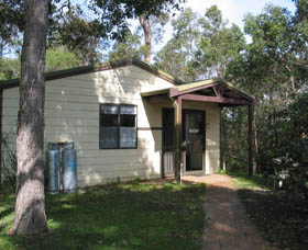 Gum Grove Chalets - Accommodation Newcastle