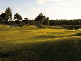 McCracken Country Club Golf Course - Accommodation Newcastle