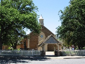St George Church and Cemetery Tours - Accommodation Newcastle