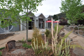 Tin Dragon Interpretation Centre and Cafe - Accommodation Newcastle