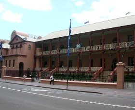 Parliament House - Accommodation Newcastle