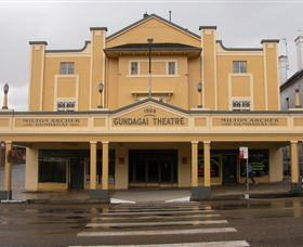 Gundagai Emporium - Accommodation Newcastle