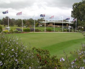 Tocumwal Golf Club - Accommodation Newcastle