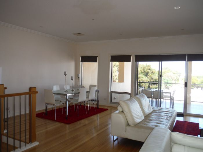 Avalon A - Accommodation Newcastle