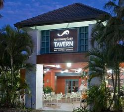 Runaway Bay Tavern - Accommodation Newcastle