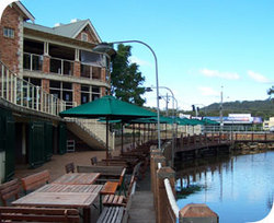 The Woodport Inn - Accommodation Newcastle