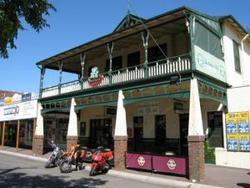 Shamrock Hotel Alexandra - Accommodation Newcastle