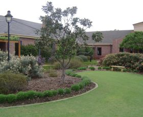 Camden Lakeside Country Club - Accommodation Newcastle