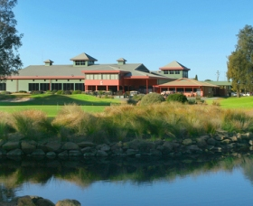 ClubCatalina Country Club - Accommodation Newcastle