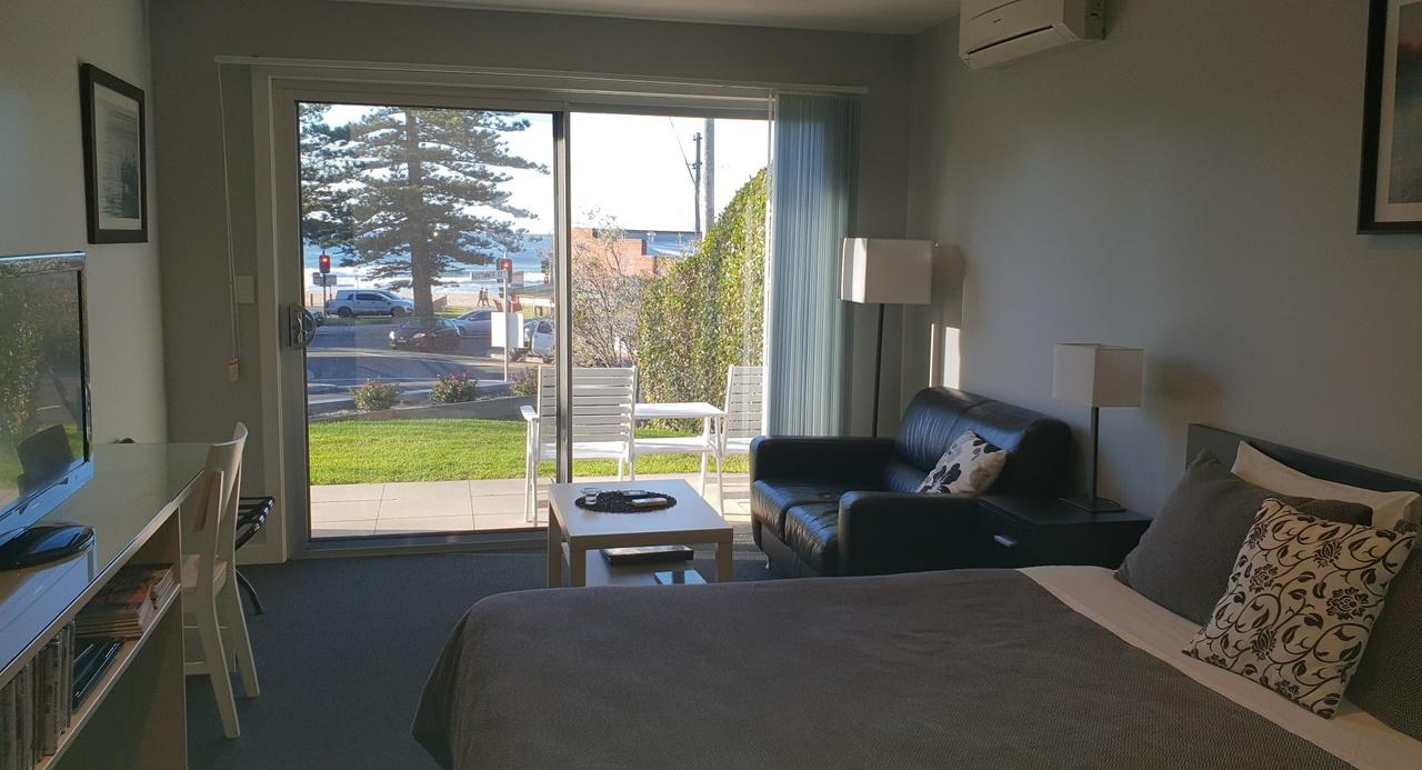 2 Austinmer Studio - Accommodation Newcastle