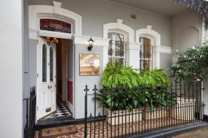 Stunning Terrace in Centennial Park - Accommodation Newcastle