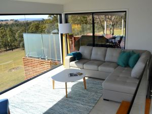 Wine Country Villas - Accommodation Newcastle